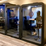 9月15日開店!コワーキングスペース『アクセアカフェ南海なんば駅店』に『&IoTテレワークブース』が導入されました